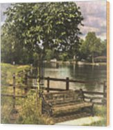 A Seat By The Thames Wood Print