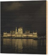 Parliament Budapest Wood Print