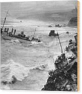 Shipwreck In Rough Seas 1940s Black White Wood Print