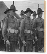 W Soldiers Standing Attention 19171918 Black Wood Print