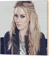 83110 Blonde Jacket Sitting Simple Background Hazel Eyes Hilary Duff Women Wood Print