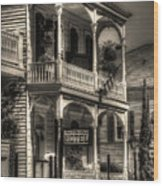 905 Royal Hotel Wood Print