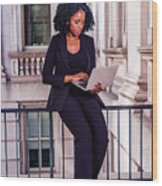 African American Businesswoman Working In New York Wood Print