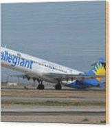 Allegiant Air Mcdonnell-douglas Md-83 N429nvmesa Gateway Airport Arizona March 11 2011 Wood Print