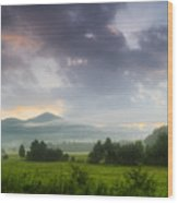 Cades Cove. Wood Print by Itai Minovitz