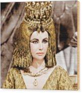 Cleopatra, Elizabeth Taylor, 1963 Wood Print by Everett