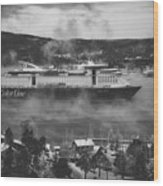 Cruising Into Port Wood Print