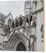 Entrance To Royal Courts Of Justice London Wood Print
