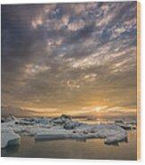 Icebergs On The Jokulsarlon Glacial Wood Print