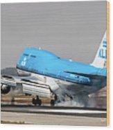 Klm Royal Dutch Airlines Boeing 747 Airplane Landing At San Francisco Airport In San Francisco, Cali Wood Print