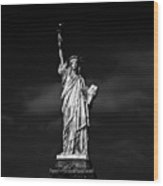 Nyc Miss Liberty Wood Print by Nina Papiorek