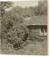 Old Abandoned Barn Falling To Ruin Wood Print