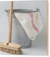 Old Fashioned Housekeeping With Zinc Bucket Wood Print