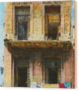 Old Havana Building Wood Print