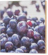 Picking Huckleberries Wood Print