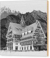 Prince Of Wales Hotel Wood Print