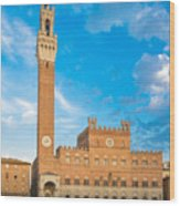 Public Palace With The Torre Del Mangia In Siena, Tuscany Wood Print