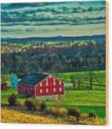 Red Barn - Pennsylvania Wood Print