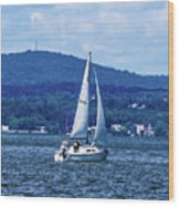 Sail Boat On The Hudson River Wood Print