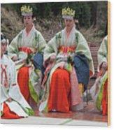 Shrine Maidens From Tsurugaoka Hachimangu Shrine Wood Print