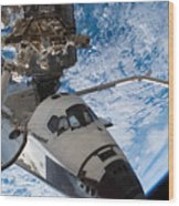 Space Shuttle Endeavour, Docked Wood Print