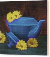 Tea Kettle With Daisies Still Life Wood Print