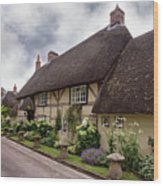 Thatched Cottages Of Hampshire 20 Wood Print