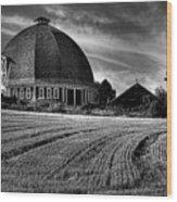 The Leonard Barn Wood Print