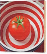 Tomato In Red And White Bowl Wood Print by Garry Gay