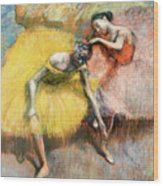 Two Dancers In Yellow And Pink Wood Print