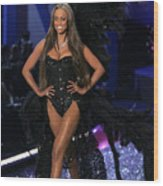 Tyra Banks Inside For The Victorias Wood Print by Everett