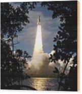 Space Shuttle Atlantis Lifts Wood Print by Stocktrek Images