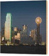 14-0905-141 Dallas Tx Skyline Wood Print