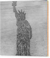 18,000 Officers And Men Form The Statue Of Liberty At Camp Dodge In Iowa. 1917 Wood Print