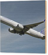 United Airlines Boeing 757-224 Wood Print