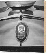 1929 Graham-paige Sport Roadster Emblem -0810bw Wood Print