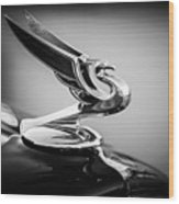 1935 Chevrolet Sedan Hood Ornament -0116bw Wood Print