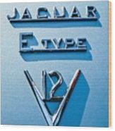 1972 Jaguar E-type V12 Roadster Emblem Wood Print