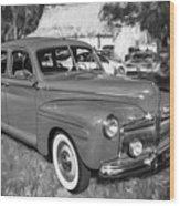 1942 Ford Super Deluxe Sedan Bw  Wood Print