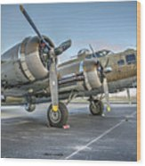 B17 Flying Fortress On The Ramp At Livermore Wood Print