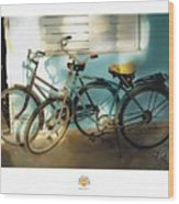 2 Cuban Bicycles Wood Print