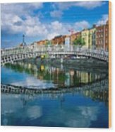 Hapenny Bridge, River Liffey, Dublin Wood Print