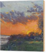 Sunset At Gratwick Waterfront Park Wood Print