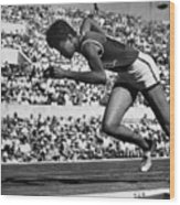 Wilma Rudolph (1940-1994) Wood Print by Granger