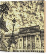 Buckingham Palace Vintage Wood Print