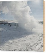 Frozen Niagara Falls Wood Print