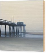 32nd Street Pier In The Fog Wood Print