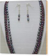 3562 Triple Strand Freshwater Pearl Necklace Set Wood Print