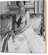 British Royalty. Queen Elizabeth II Wood Print