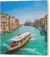 Canal Grande With Basilica Di Santa Maria Della Salute, Venice Wood Print